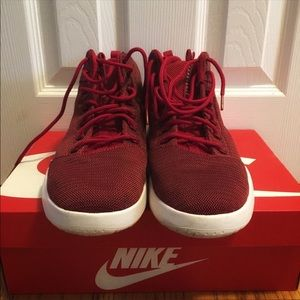 Nike hyperfresh sneakers